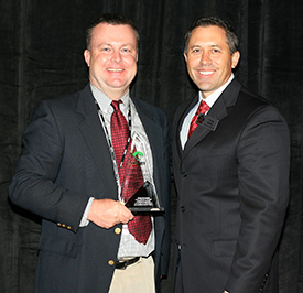 Dr. Dirk Baker (right) with ABCA Executive Director Craig Keilitz.Photo courtesy of Lou Pavlovich.